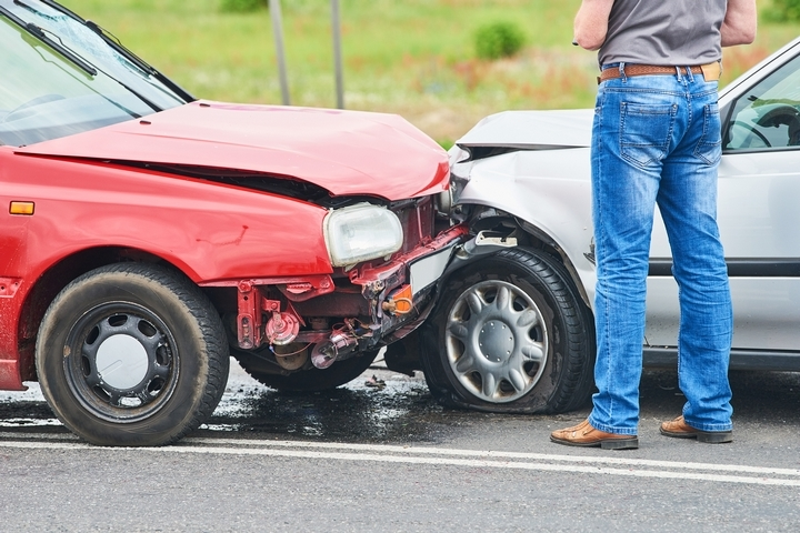 Avoid A Head-On Collision While Driving